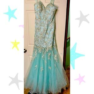 La Femme Strapless Mermaid Prom or Pageant Dress Size 12